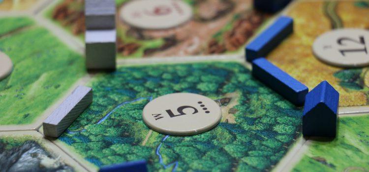 Spróbuj tych strategicznych gier planszowych, jeśli spodobał Ci się Catan